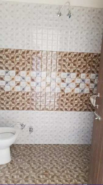 Low budget 2bhk flat for sale in palli hill