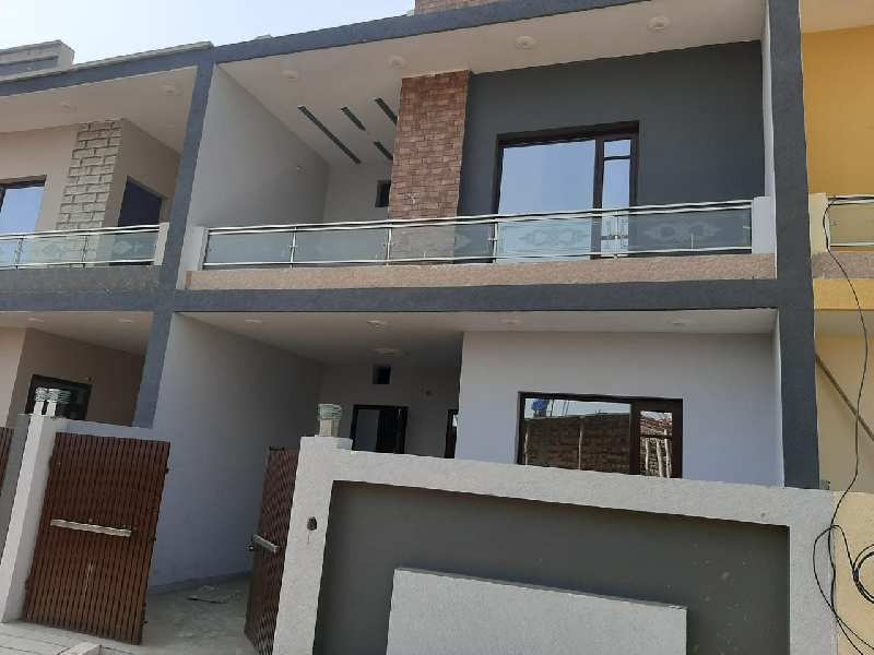 3 Bedrooms Set Stunning House Available At  Best Location Jalandhar