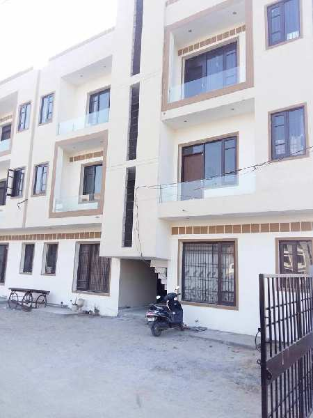 2 BHK Apartment For Sale in Just 15 Lac on Great Location