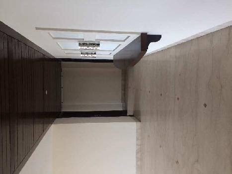 This is 4+1+2servent room apartment for sale in Ambience Caitriona ,Dlf phase 3, Gurgaon. Ambience caitriona is super luxurious society for livivng.