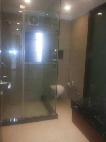 This is a 4Bhk + 2 servet room apartment is Dlf Aralias is 7 star living society in gurgaon.