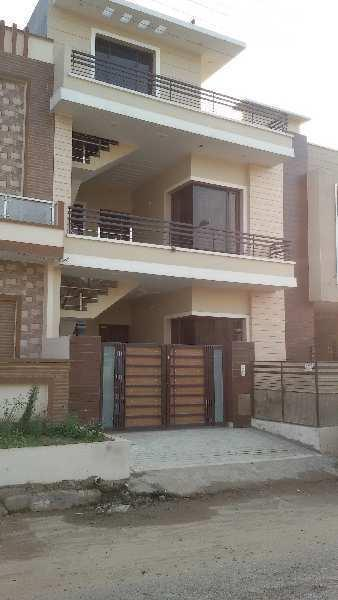 4 BHK Double Story House In Sunny Enclave