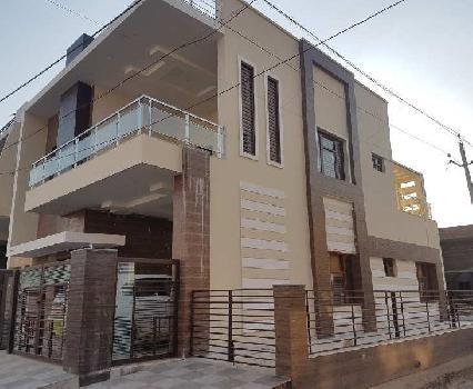 Corner 4 BHK House in Sunny Enclave Mohali
