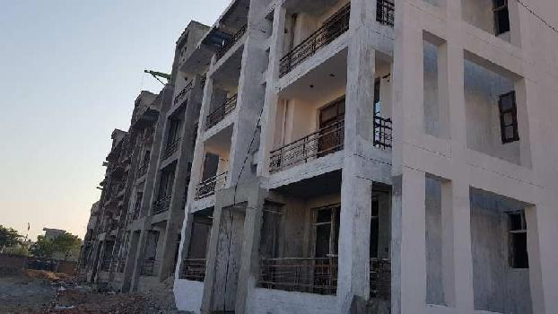 2 Bhk Flats In Sec-117 Adjoining 200 Ft. Airport Road