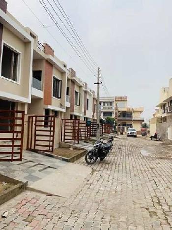110 Gajj Kothi in Sunny Enclave in just 49 Lakhs
