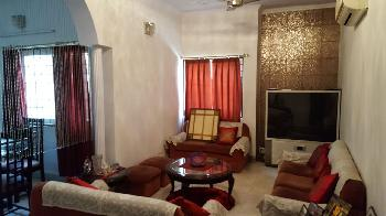 3 BHK Flats & Apartments for Sale in South Extension, Delhi