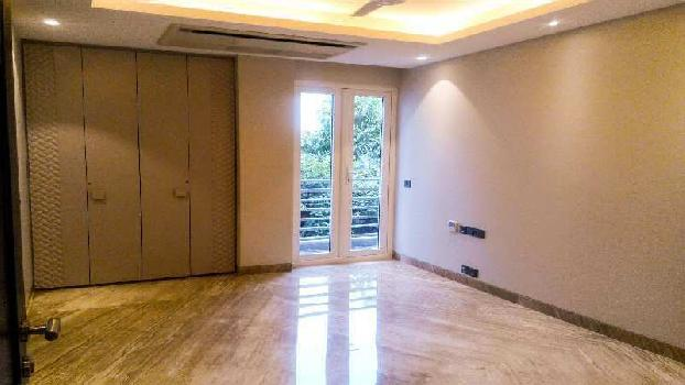 3 BHK Builder Floor for sale in Chittaranjan Park Block B, New Delhi.