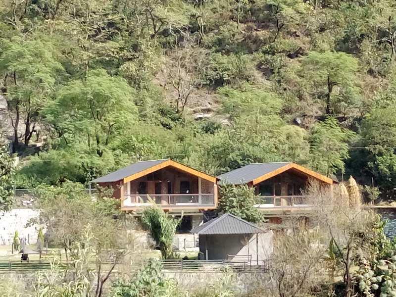 Sahastradhara Valley Greens