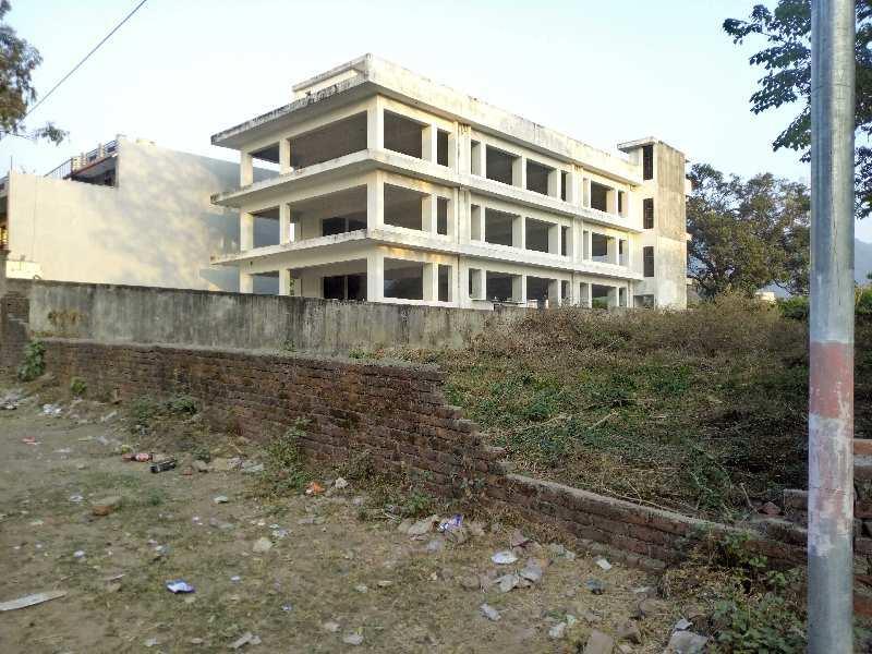 Commercial plot on sahastradhara road