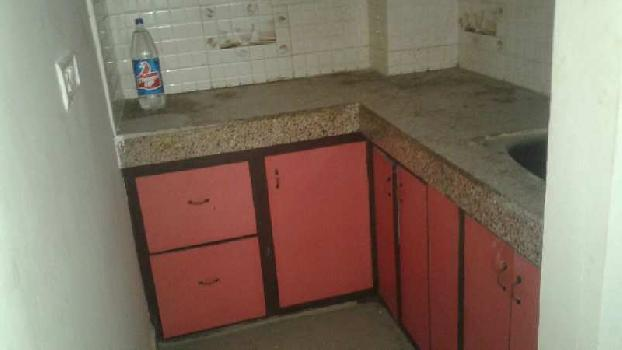 1 BHK flat available for rent in good location