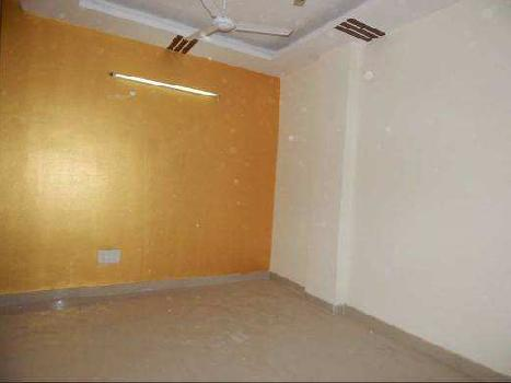 2 BHk Builder floor flat available for sale in bank colony , khanpur
