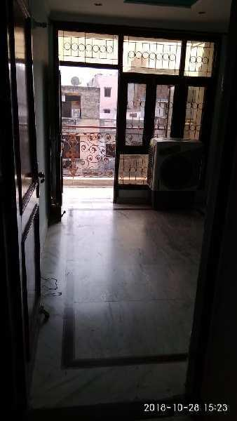 3 BHK Builder floor flat available for sale in khanpur , raju park