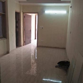2 BHK Builder floor flat available for sale in raju park
