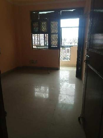 1 BHK flat available for sale in raju park, khanpur
