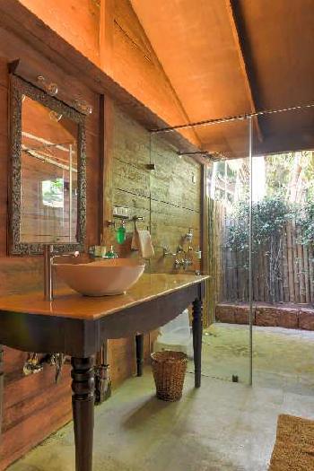 7000 Sq.ft. Hotel & Restaurant for Rent in Mandrem, North Goa, Goa