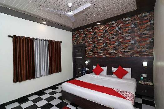 22 Rooms Hotel in Bhimtal