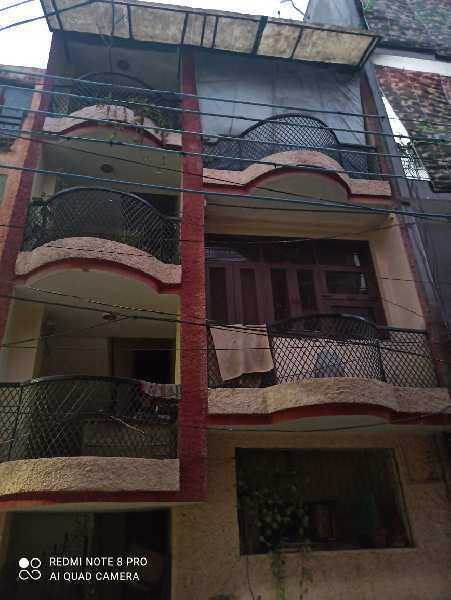 4 BHK Individual Houses / Villas for Sale in Sector 20, Noida