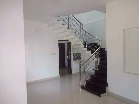 5 BHK Apartment For Sale In M Block, Vikaspuri