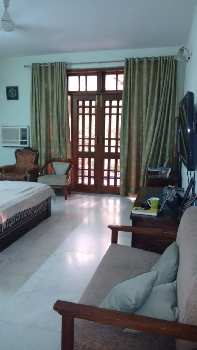 4 BHK Individual Houses / Villas for Sale in DLF Phase II, Gurgaon