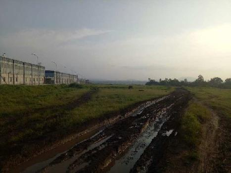 10 acres industrial zone plot, next to Indospace Park Chakan. Close to Bajaj Auto, Mahindra Vehicles, Volkswagen, Mercedes Benz, Hyundai, Sany Auto (Chinese), Bridgestone, General Electric.