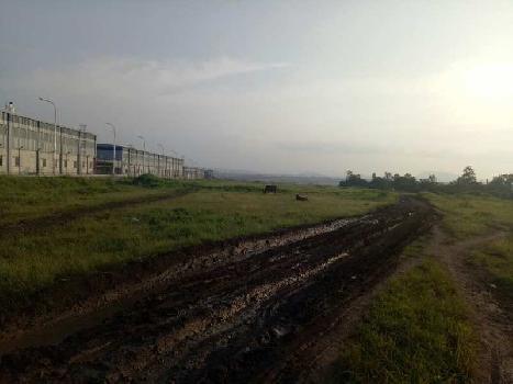 10 acres industrial zone plot, next to Indospace Park Chakan. Close to Bajaj Auto, Mahindra Vehicles, Volkswagen, Mercedes Benz, Hyundai, Sany Auto (Chinese), Bridgestone, General Electric.