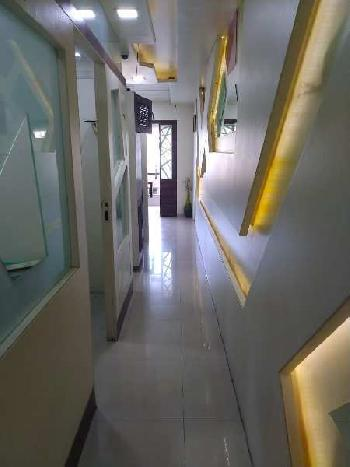 Commercial Office Space For Sale In Pandit Colony