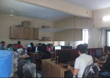 Furnished Office on Lease at Bhavani Peth