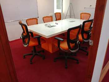 ID 127/01 Plug & Play Office 1800 Sq Ft Baner