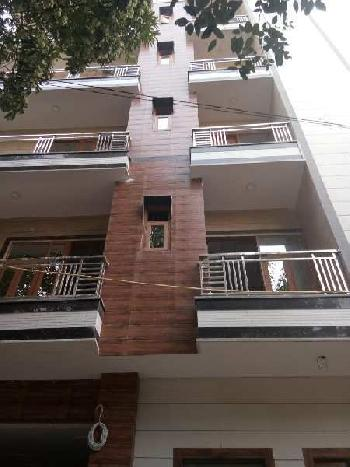 4 BHK Builder Floor for Sale in Chanakya Place I, Delhi