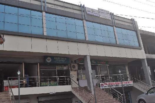 showroom for sale on vip road zirakpur