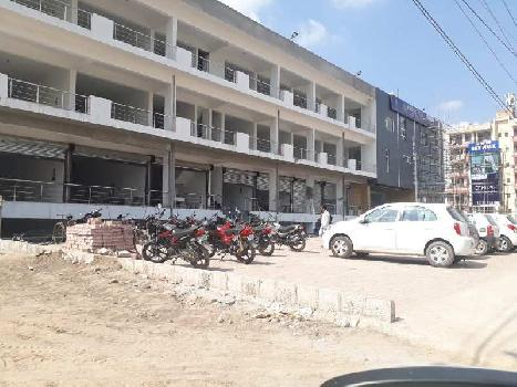 Ready to move showroom for sale on vip road zirakpur