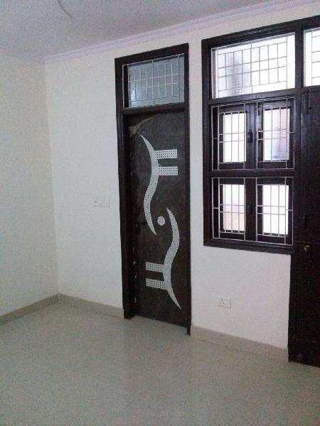 1 BHK Flats & Apartments for Sale in Loknayak Puram, West Delhi