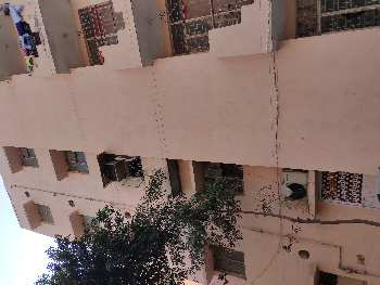 1 BHK Flats & Apartments for Sale in Bakkarwala, Delhi