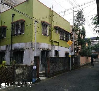 3.5 Katta House sale in Court more Area